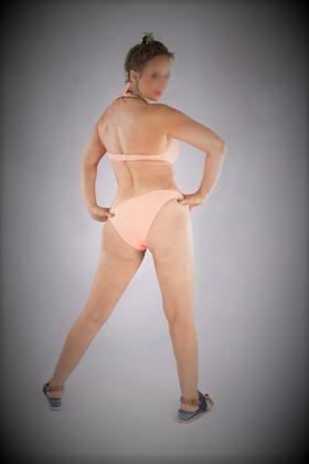 Sexy Escort Kim Laurier